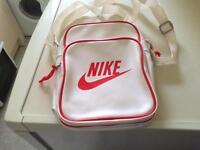 Nike bag £20
