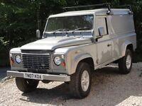 Land Rover Defender 2.4TDi 110 Van