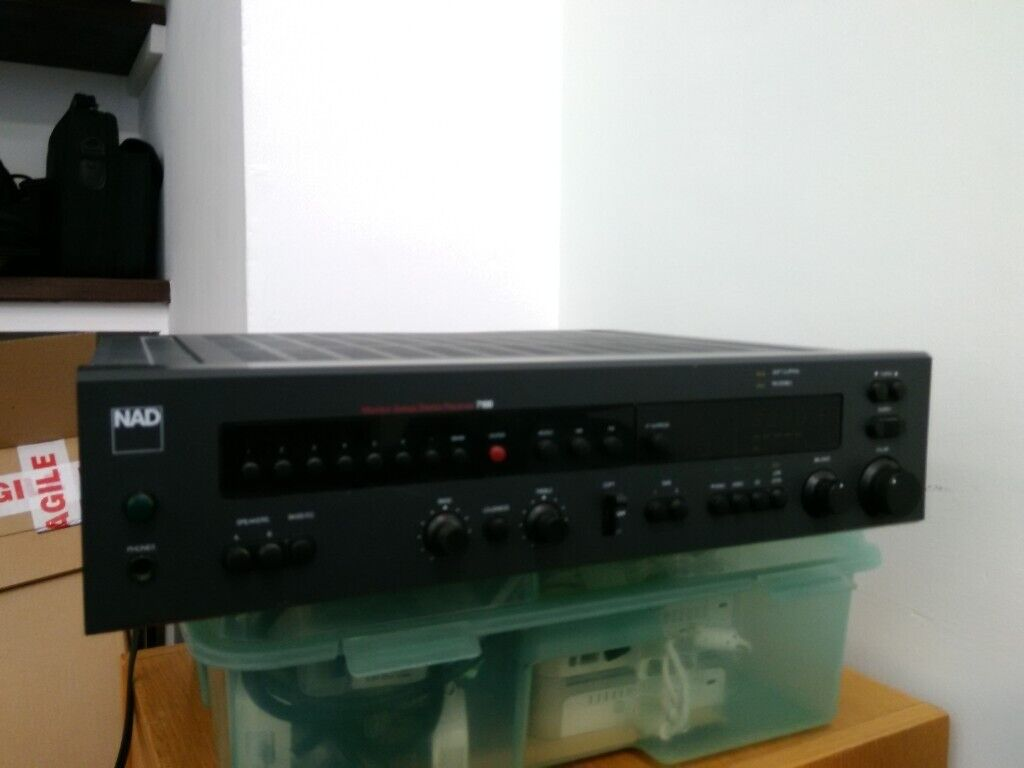 FREE - Linn Majik-I, and NAD 7100 amplifiers, in need of