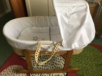 Kinder Valley White Wish Upon A Star Palm Moses Basket with rocking stand natural.