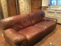 Large Leather Settee £550 Altrincham Area Very Good Condition.