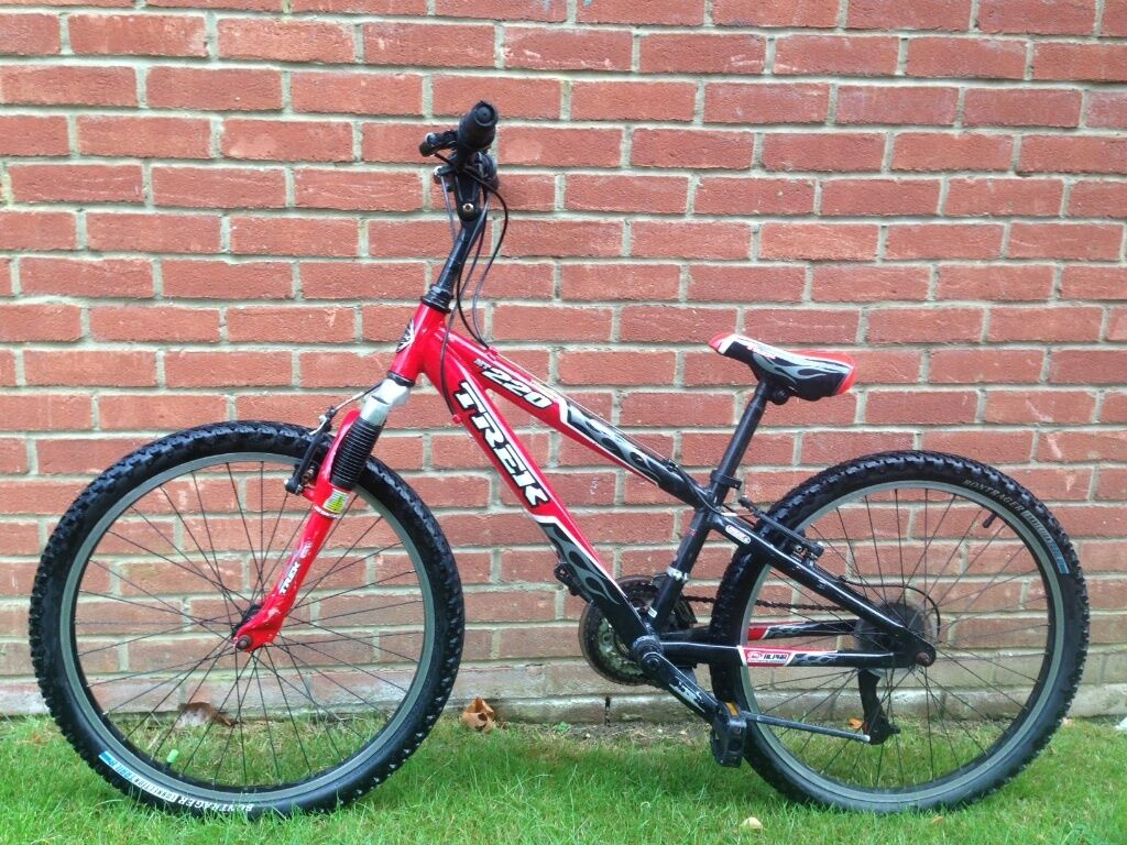 9b9e42da998 BOYS BIKE FOR SALE. TREK MT220. MADE IN USA. IMORTED. LIMITED EDITION