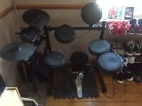 Session pro dd505 for sale,with kick pedal no amp,good condition