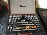 Beta socket set