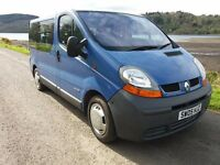Renault traffic 9 seater mini bus 05 plate