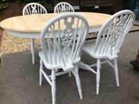 Extending Shabby Chic Oak Table and 4 Lovely Chairs