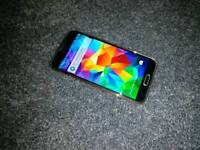 Boxed Samsung Galaxy S5 - Gold 16GB - Unlocked with tempered glass and case