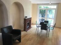 Large family house on quiet residential road near North Acton tube station - zone 2!