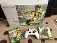 Xbox One S 500gb Latest as new with controller 2 Games Fifa call of duty