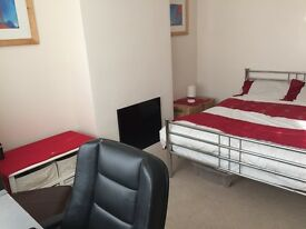 Large double student room - All inclusive