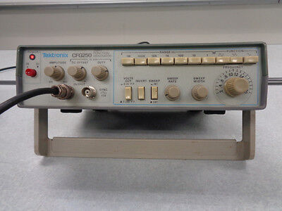 Tektronix Cfg250 Function Generator Used Great Working Condition