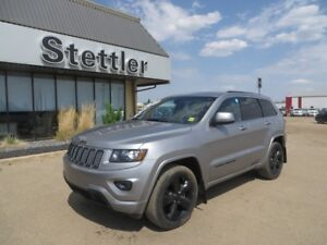 2015 Jeep Grand Cherokee ALTITUDE! SUNROOF! TRAILER TOW!