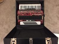 Piano accordion 80 bass