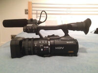 Sony HVR V1U HD Camera and full Videographer's Kit