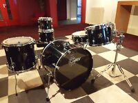 Gretsch Catalina Ash 6 pc Drum kit