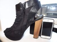 WOMENS SHOES SIZE 10, SIZE 41, SIZE 7. HIGH HEELS, COMFORTABLE, PICK UP IN SOUTHFIELDS - WIMBLEDON