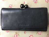Ted Baker black purse nearly new