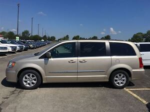 2012 Chrysler Town & Country NAVI/DUAL DVD/SUNROOF/STOWN GO