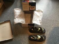 HI-TECH TAMBOURA olive/black size 6 walking sandals. BRAND NEW IN BOX FOR CHARITY FUNDS THANKS.