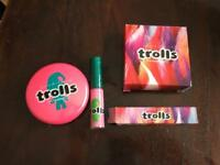 Genuine Mac Trolls Play It Proper & Lipgloss Saint Germain Brand New Set can post