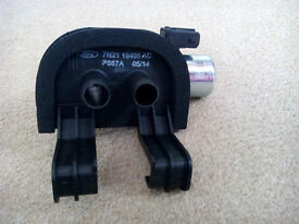 """GENUINE FORD HEATER CONTROL VALVE """"BRAND NEW"""" Ford Part no (1714716)"""