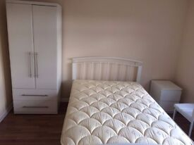 Newly furnished single room @ £500 at Grange road from 16th of JUNE, Not for couple! GU2 9QQ
