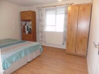 LARGE DOUBLE ROOM AVAILABLE TO RENT IN WOOD GREEN N22 (ALL BILLS INCLUDED)