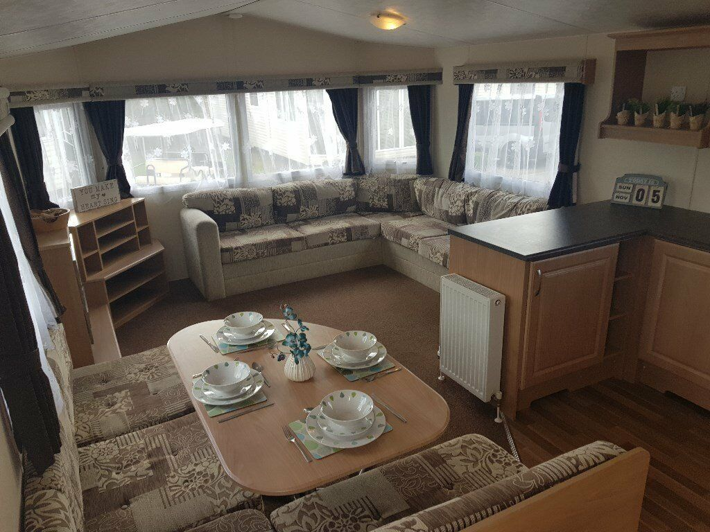 8 berth static caravan for sale on Hayling Island dog friendly holiday park close to Portsmouth