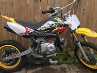 Kids pitbike 70cc semi- auto £300 collection only