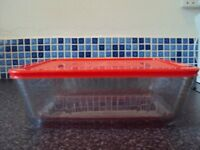 Pyrex 4.0L Glass Dish with a Plastic Lid