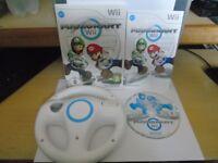 MARIO KART Wii NINTENDO Wii GAME WITH OFFICIAL MARIO KART STEERING WHEEL