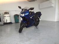 Kawasaki Ninja 250 bleu
