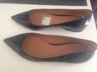 Gina Luxury Black pointy flats - size 5/ 38