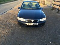 Vauxhall Vectra 1.8 16v hatchback midnight blue low miles