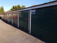 Garages to rent: Andrews Close, Theale Reading RG7 5BH