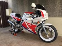 Breaking Yamaha fzr 1000 exup