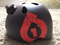 Bicycle / sports helmet with GoPro attachment