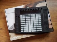 Ableton push 1 - brand new - used twice - boxed as new with leads-also selling ableton live 9 suite