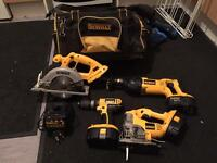 Dewalt kit 18v xr rang two new 3 amp batteries and bag