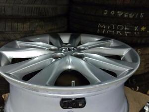 215 55 17  or 225 50 17 tires on OEM Lexus ES 350 / Toyota Camry alloy rims / TPMS