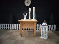CORONA PINE COFFEE/SIDE TABLE VERY SOLID AND USEFUL TABLE AND IN EXCELLENT CONDITION 58/58/54 cm £25