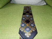 Mens Genuine Versace Silk Tie **£25**
