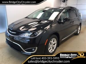 2017 Chrysler Pacifica Touring-L Plus- Special DEMO PRICE!