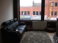 FANTASTIC MODERN ONE BEDROOM, LOCATED HIGH STREET HOUNSLOW