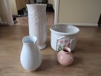 SELECTION OF VASES & 1 PLANT POT FOR THE HOME. WILL SEPERATE