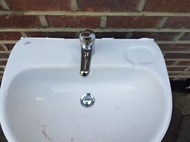 Sink Basin with Mixer