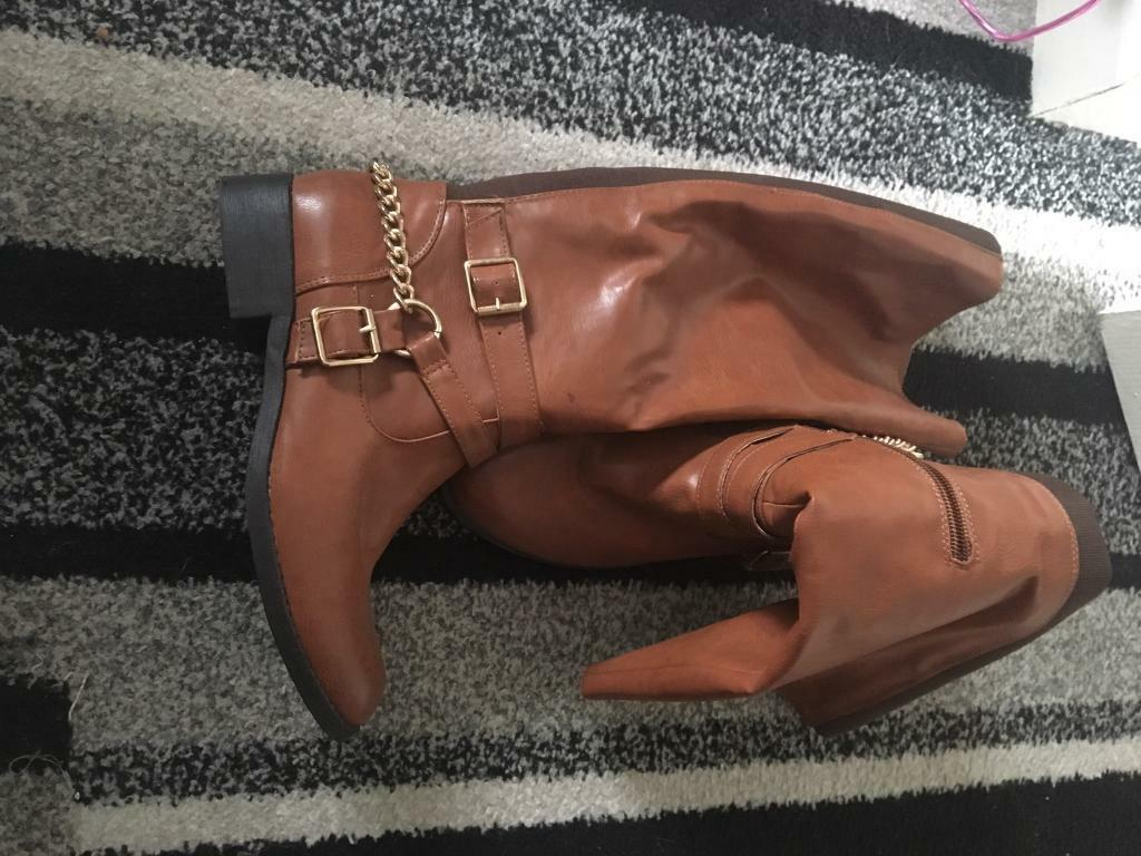 Size 6 tan long boots