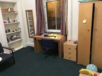 Bedroom for rent in a 3 bedroom flat