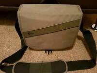 Lowepro event messenger 150 camera bag