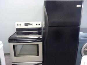 73- Frigo Cuisinière Fridge and Stove